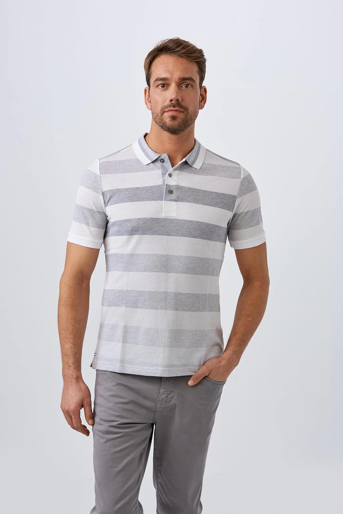 Açık Gri Çizgili Polo Yaka T-Shirt
