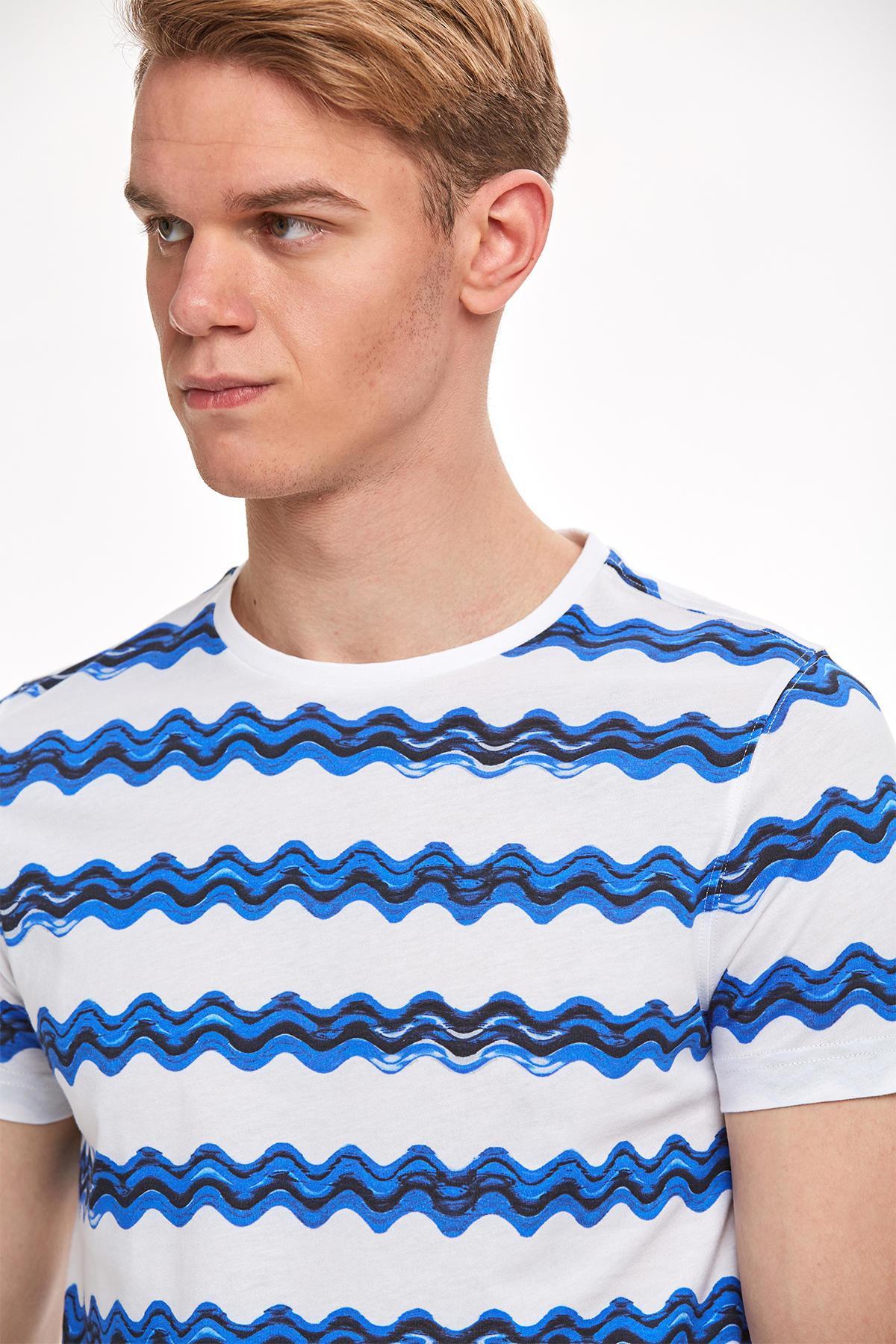 Desenli Bisiklet Yaka Lacivert T-shirt