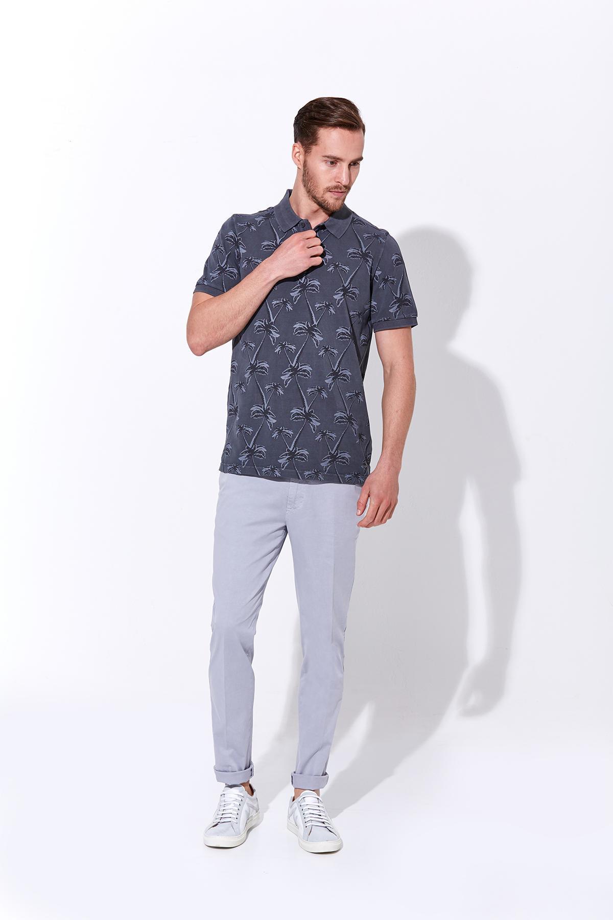 Palmiye Desen Pike Örgü Gri Polo Yaka T-Shirt