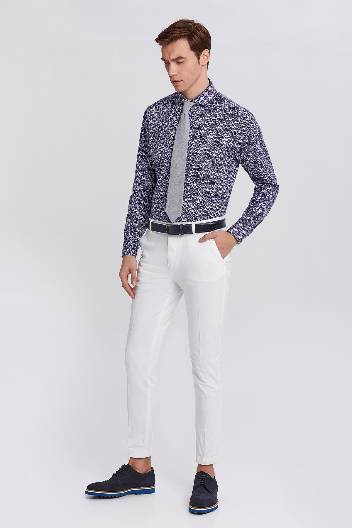Lacivert Beyaz Desenli İtalyan Yaka Gömlek