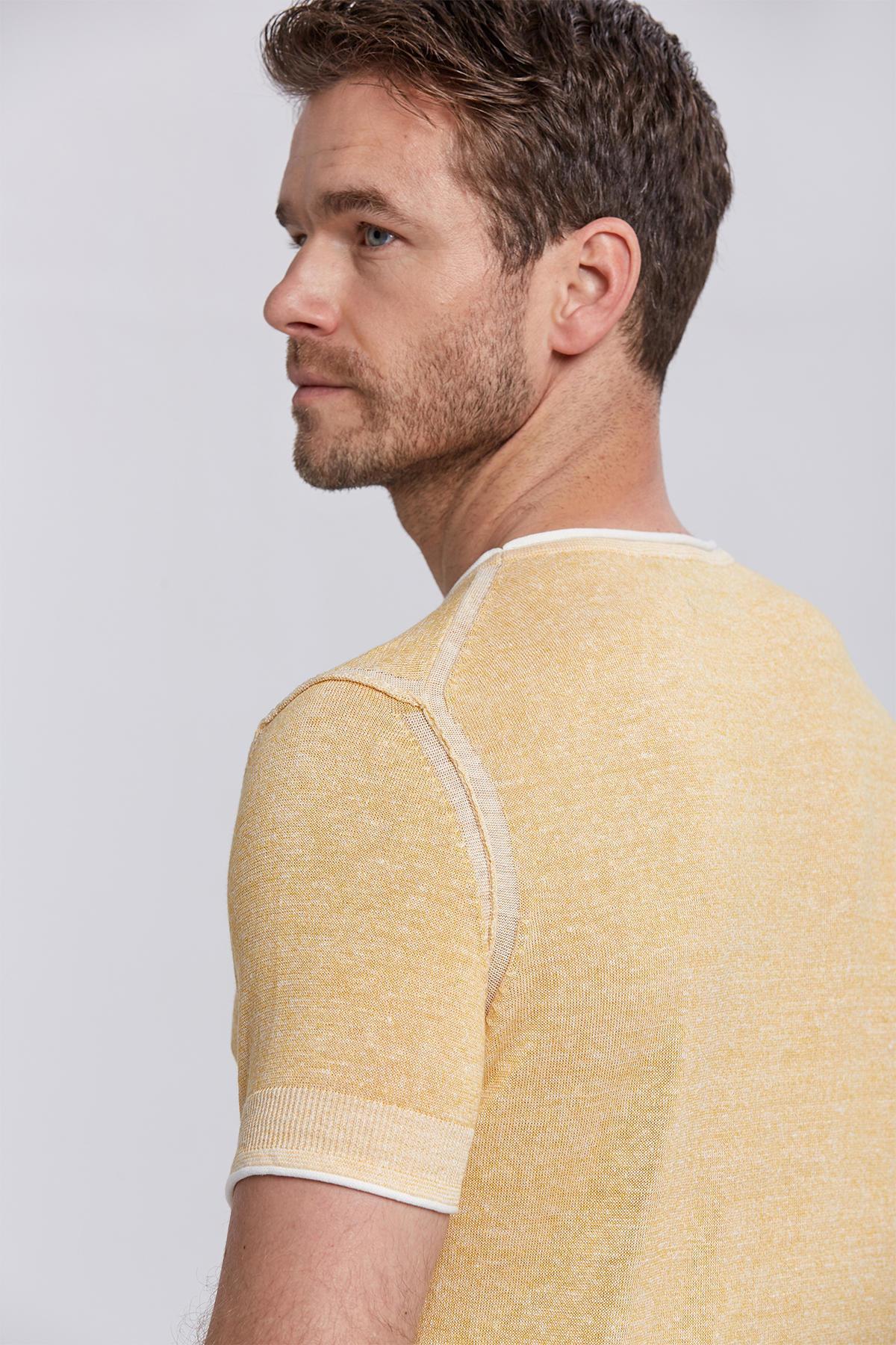 Desenli Sarı Keten Pamuk Triko T-Shirt