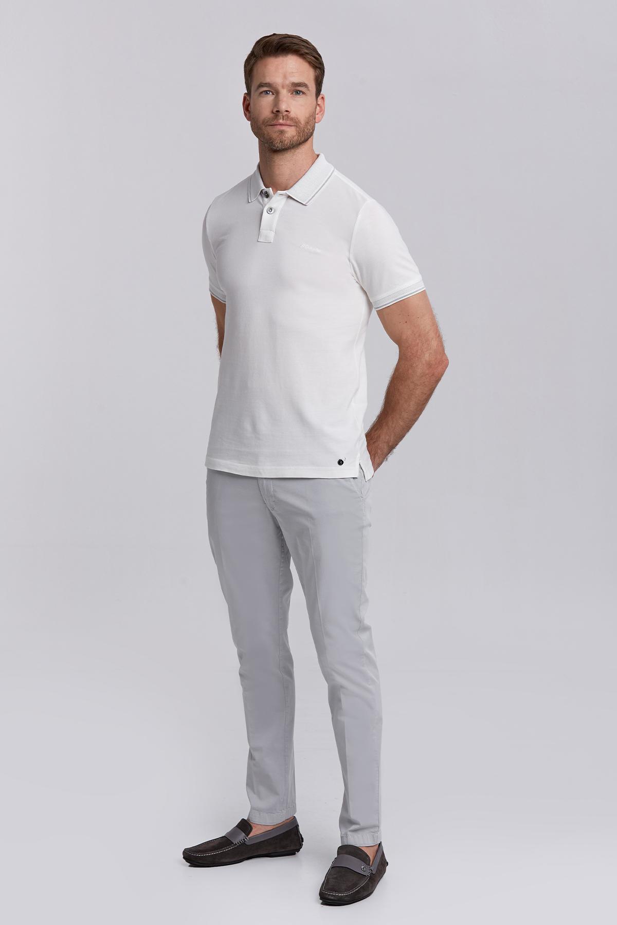 Vintage Görünümlü Beyaz Polo Yaka T-Shirt