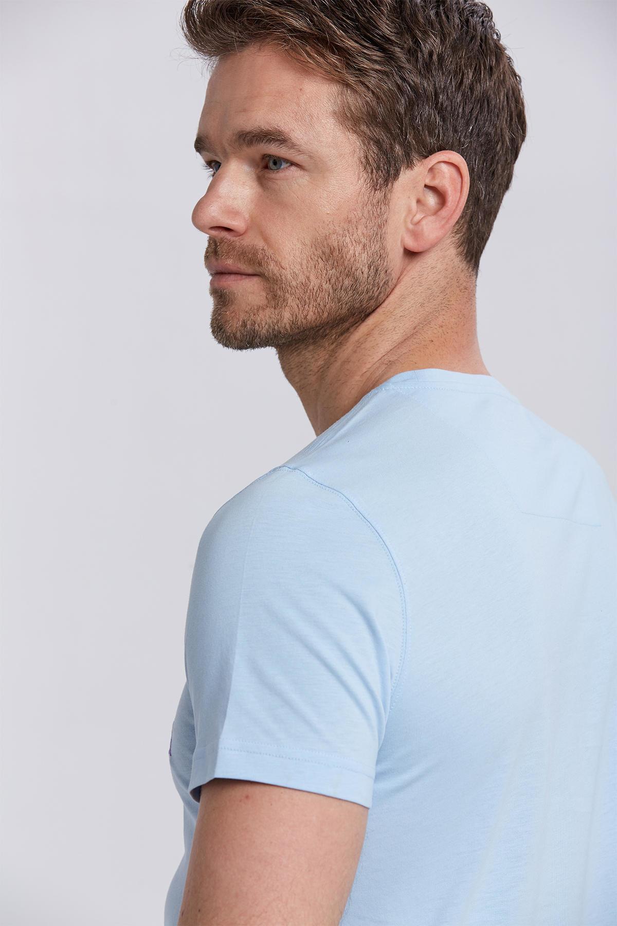Hint Desen Bisiklet Yaka Açık Mavi Pamuk T-Shirt