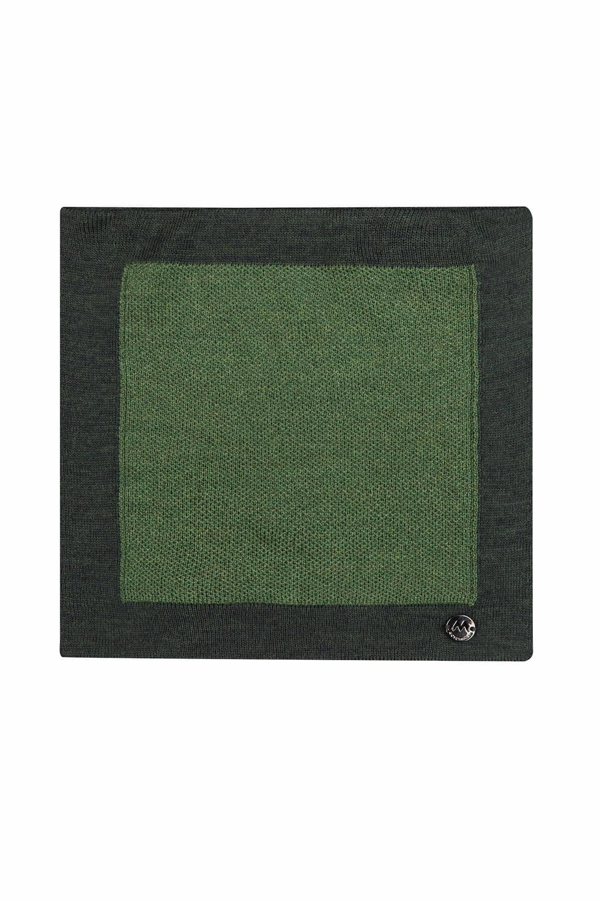 Yeşil Örgü Ceket Mendili