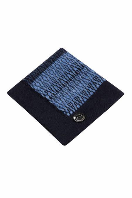 Desenli Lacivert Mavi Örgü Mendil